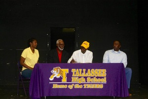 Kalvin Levett signs with Tuskegee University